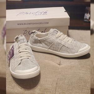 Blowfish Malibu Women's Vex Sneaker size 7